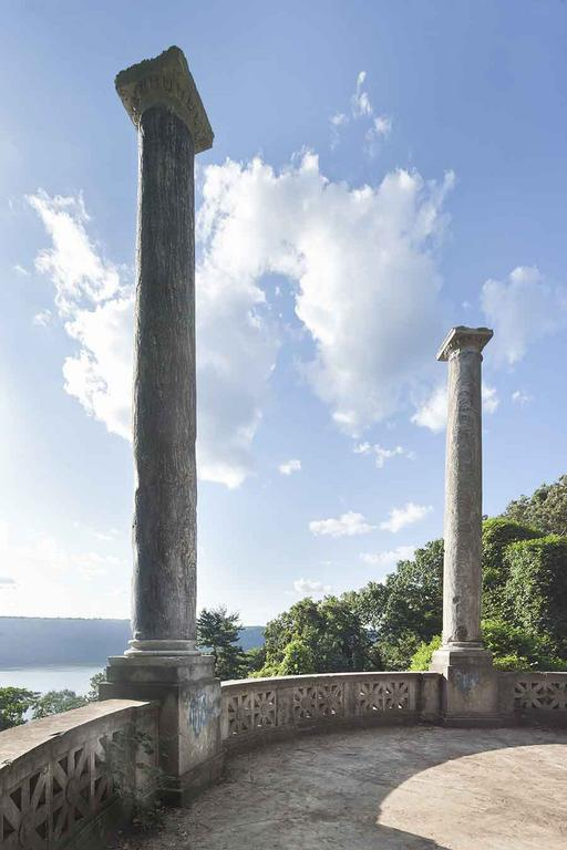 The Untermyer Gardens, a New York Pairidaeza, Back in Bloom | by Lee Lawrence - WSJ.com