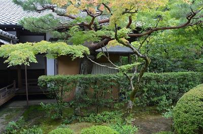 Noel kingsbury on the japanese garden the whispering for Garden designers at home noel kingsbury
