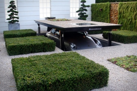 Ho-hum, just another driveway amenity